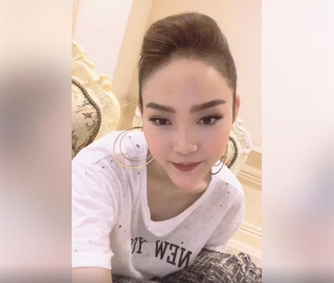 Minh Hằng, hot girl Kelly và những mỹ nhân Việt từng lộ cằm méo lệch - 5