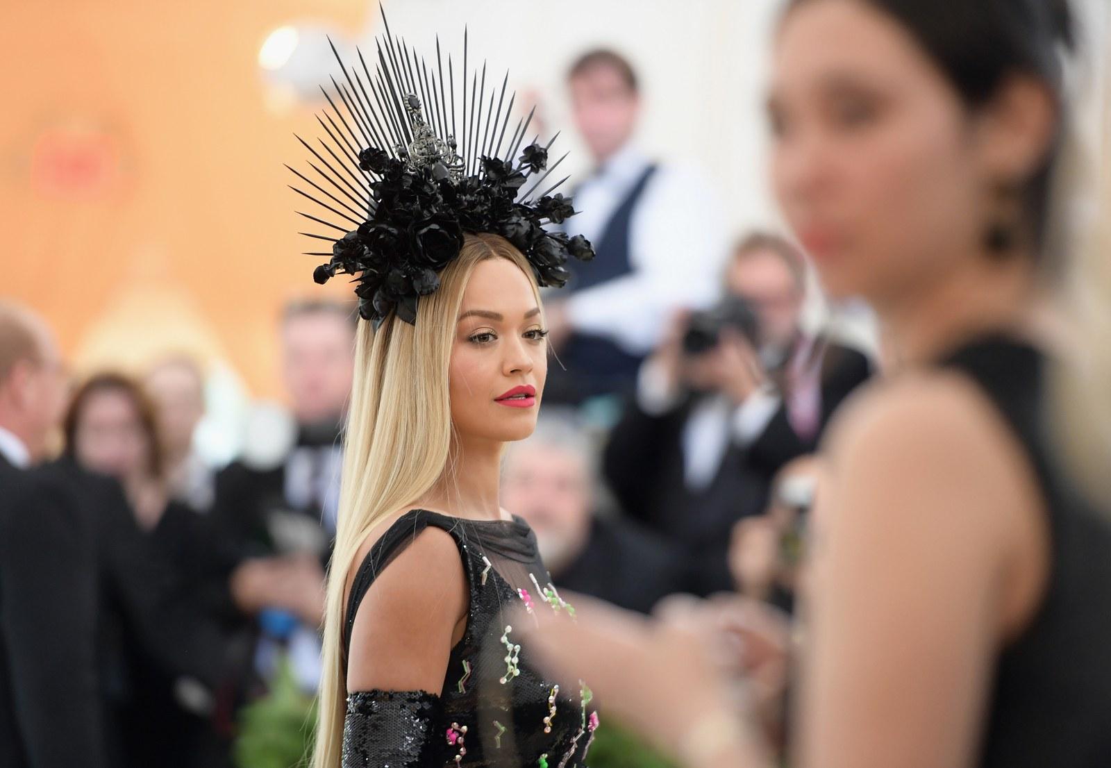 Những nữ thần hạ thế đẹp nhất thánh đường thời trang - 12