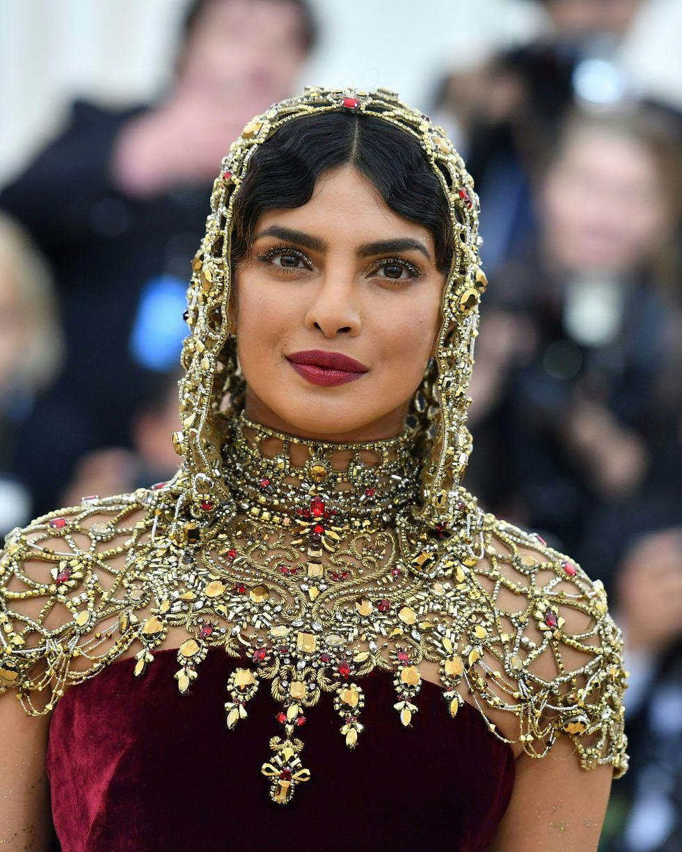 Những nữ thần hạ thế đẹp nhất thánh đường thời trang - 8