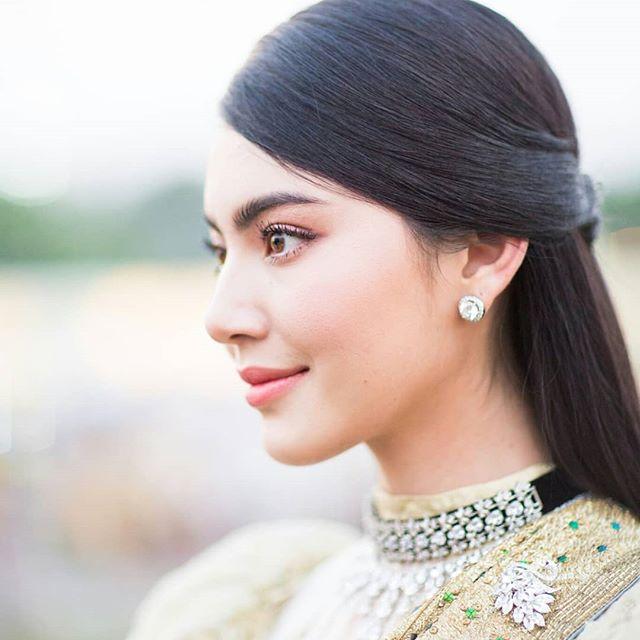 """Góc nghiêng thần thánh của """"bạn gái Sơn Tùng"""" người Thái Lan - 2"""