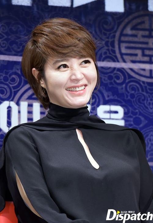 Bí mật đằng sau thân hình bốc lửa của mỹ nhân U50 gợi cảm nhất showbiz Hàn - 13
