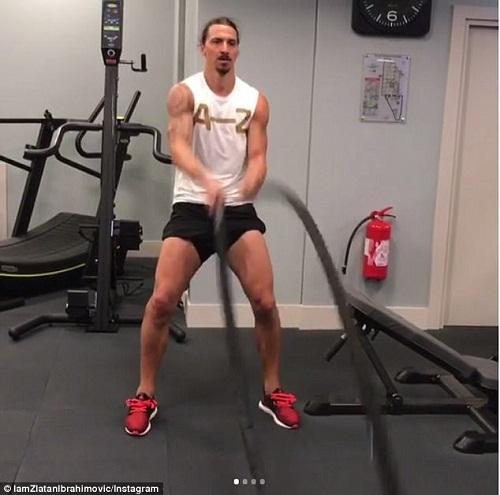 Ibrahimovic, Bale ở nhà xem World Cup nhưng vẫn tích cực tập gym, luyện cơ - 2