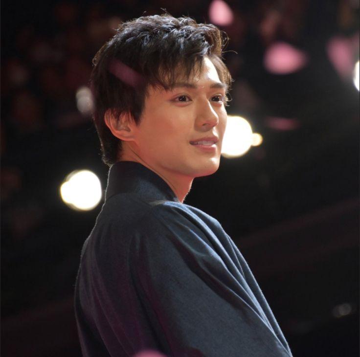 Góc cạnh mặt thần thánh của mỹ nam Nhật dính scandal có con năm 14 tuổi - 6