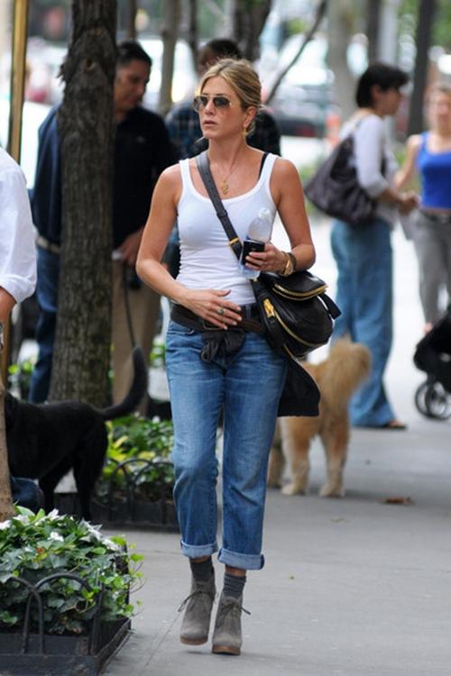 Vợ cũ Brad Pitt gần 50 vẫn quá trẻ đẹp dù toàn dưỡng da kiểu rẻ tiền - 12