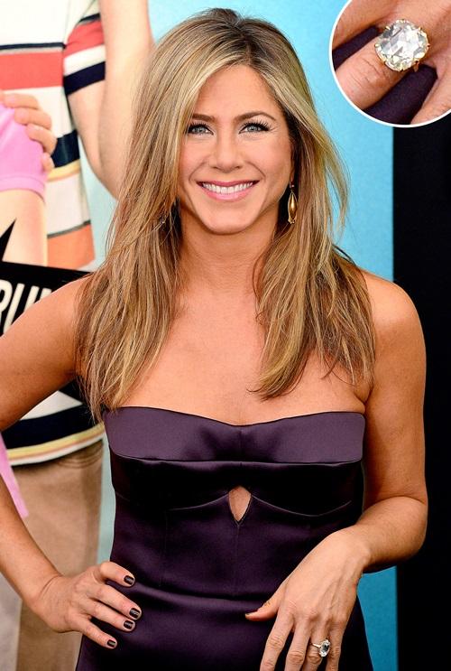 Vợ cũ Brad Pitt gần 50 vẫn quá trẻ đẹp dù toàn dưỡng da kiểu rẻ tiền - 2