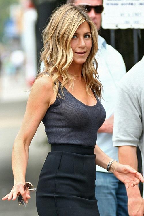 Vợ cũ Brad Pitt gần 50 vẫn quá trẻ đẹp dù toàn dưỡng da kiểu rẻ tiền - 14