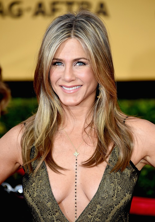 Vợ cũ Brad Pitt gần 50 vẫn quá trẻ đẹp dù toàn dưỡng da kiểu rẻ tiền - 9
