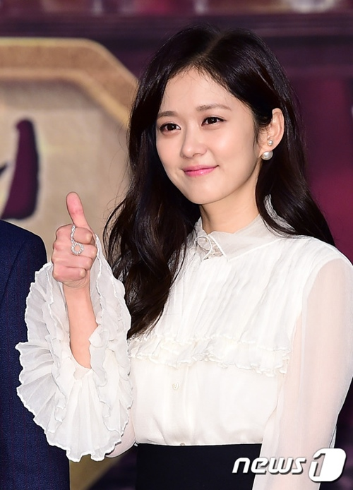 """Gần 40 mà trẻ như gái đôi mươi, bảo sao Jang Na Ra không bị gọi là """"yêu quái"""" - 4"""