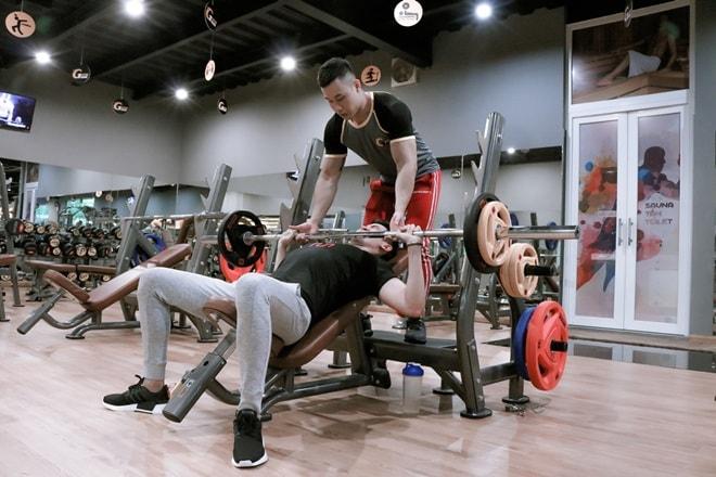 """Một tháng """"ăn ngủ"""" trong phòng gym để có thân hình nam vương như Minh Trung - 8"""