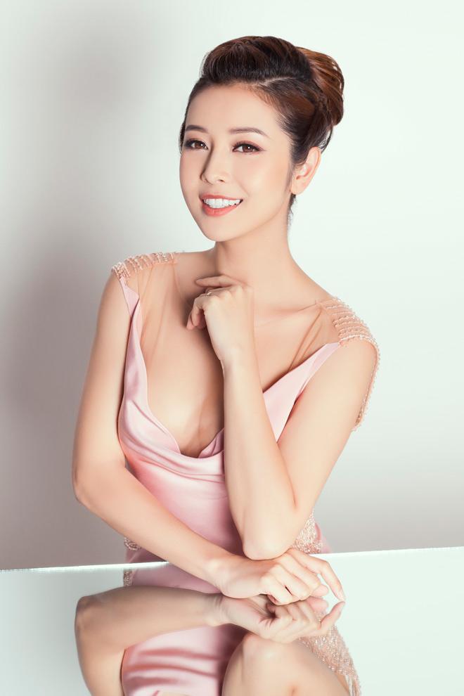 8 bí mật sau gương mặt đẹp hút hồn của hoa hậu Jennifer Phạm - 9