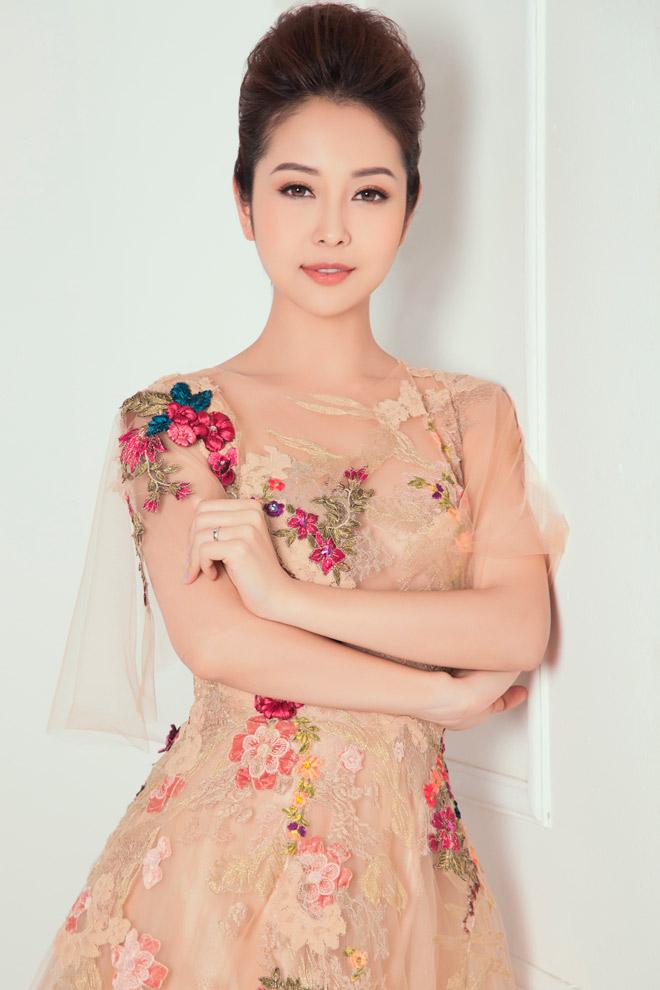 8 bí mật sau gương mặt đẹp hút hồn của hoa hậu Jennifer Phạm - 7