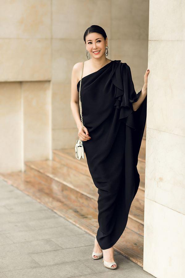 Hoa hậu Hà Kiều Anh thon gọn bất ngờ khi ép cân thành công - 2