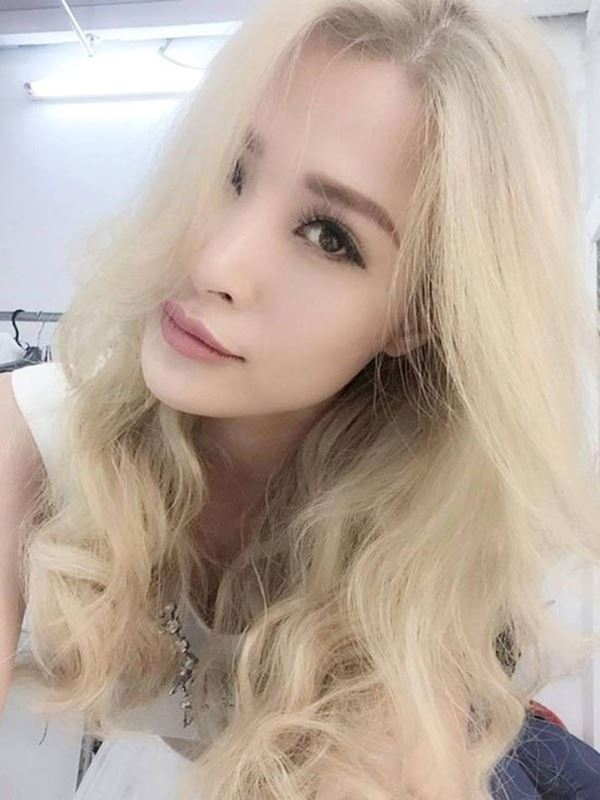"""Tình cũ Cường Đô La để tóc như """"ụ rơm"""", fan chê giống búp bê hư - 5"""