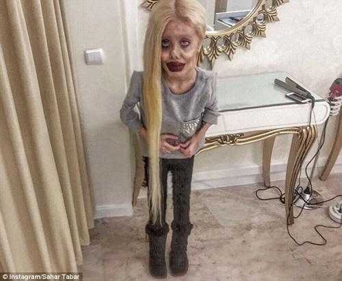 """""""Angelina Jolie lỗi"""" từng gây chấn động vì quá kỳ dị vừa lộ mặt thật - 6"""