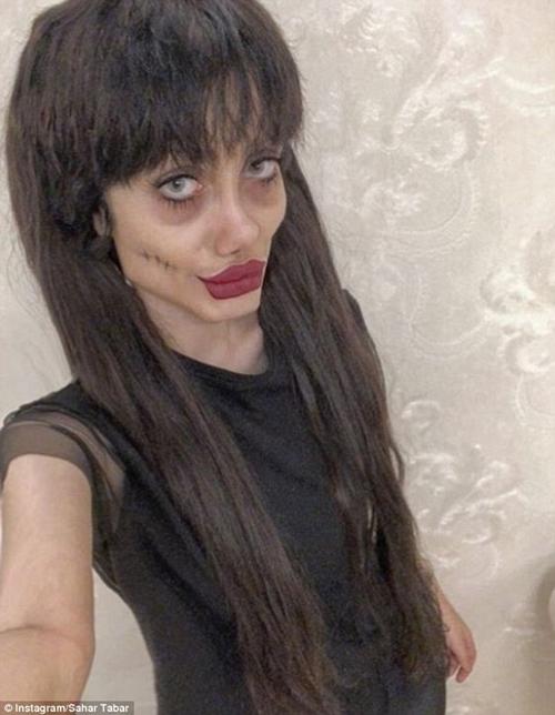 """""""Angelina Jolie lỗi"""" từng gây chấn động vì quá kỳ dị vừa lộ mặt thật - 4"""