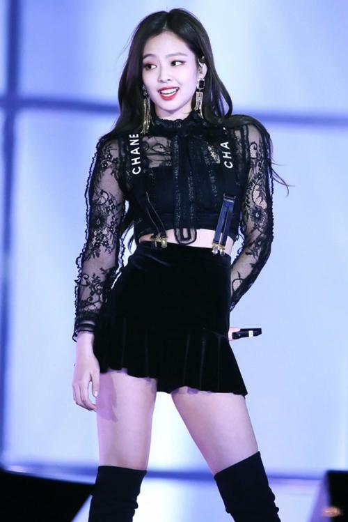 """Thân hình đẹp xuất sắc không 1% mỡ thừa của """"nữ thần"""" mới xứ Hàn - 10"""