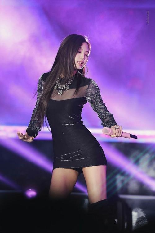 """Thân hình đẹp xuất sắc không 1% mỡ thừa của """"nữ thần"""" mới xứ Hàn - 8"""