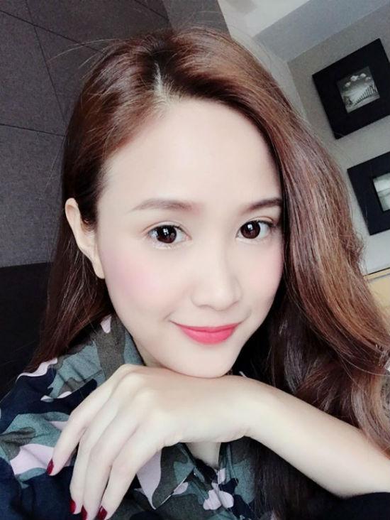"""""""Bản sao"""" Mai Phương Thúy tiết lộ bí quyết trẻ măng như thiếu nữ - 3"""
