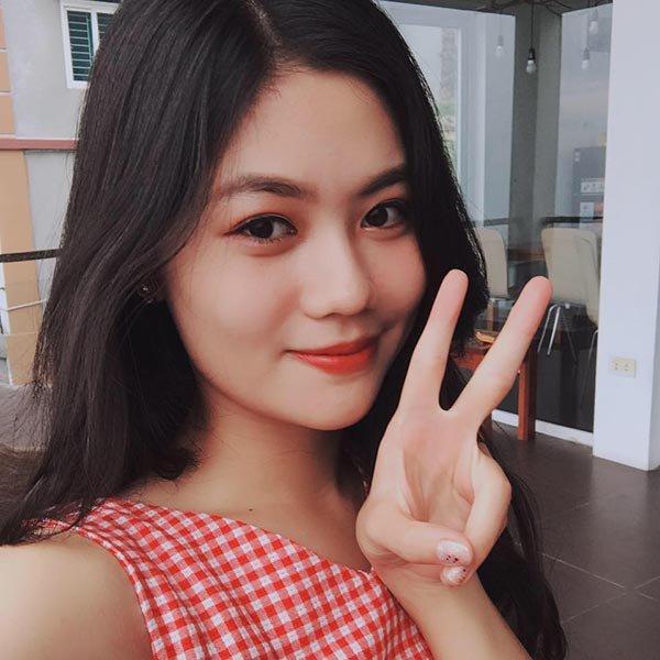 """Người đẹp Hải Phòng bốc lửa của Hoa hậu VN: """"Vòng 3 phải nở - căng tròn - không xệ"""" - 4"""
