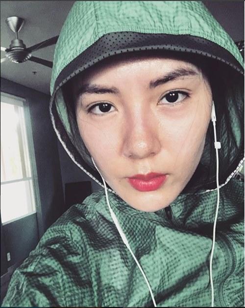 35 tuổi, Phương Linh vẫn đẹp mê hồn nhờ mặc áo mưa nhảy dây - 3