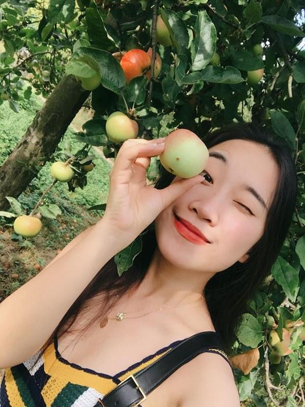 """Cách """"sống ảo mọi mặt trận vẫn đẹp"""" của hot girl Đà Nẵng - 4"""