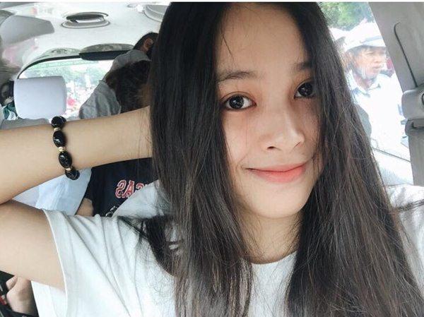 Dung mạo đời thường tuyệt xinh của Top 3 Hoa hậu Việt Nam 2018 - 2