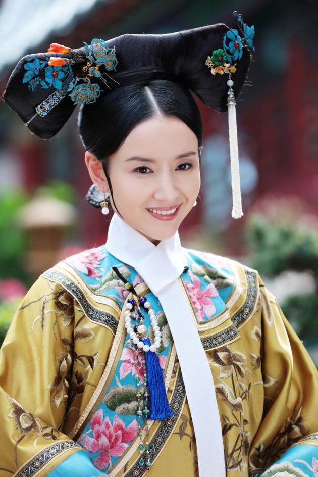 Châu Tấn, Đổng Khiết đẹp mỹ miều sau khi ly hôn, bị chồng bỏ - 4