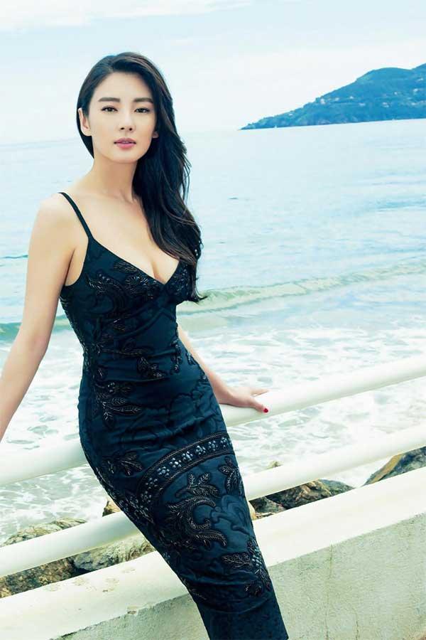 """""""Song Hye Kyo Trung Quốc"""" nở nang căng tràn dù không ăn thịt - 11"""