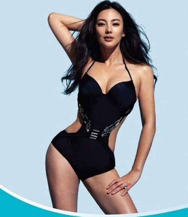 """""""Song Hye Kyo Trung Quốc"""" nở nang căng tràn dù không ăn thịt - 4"""