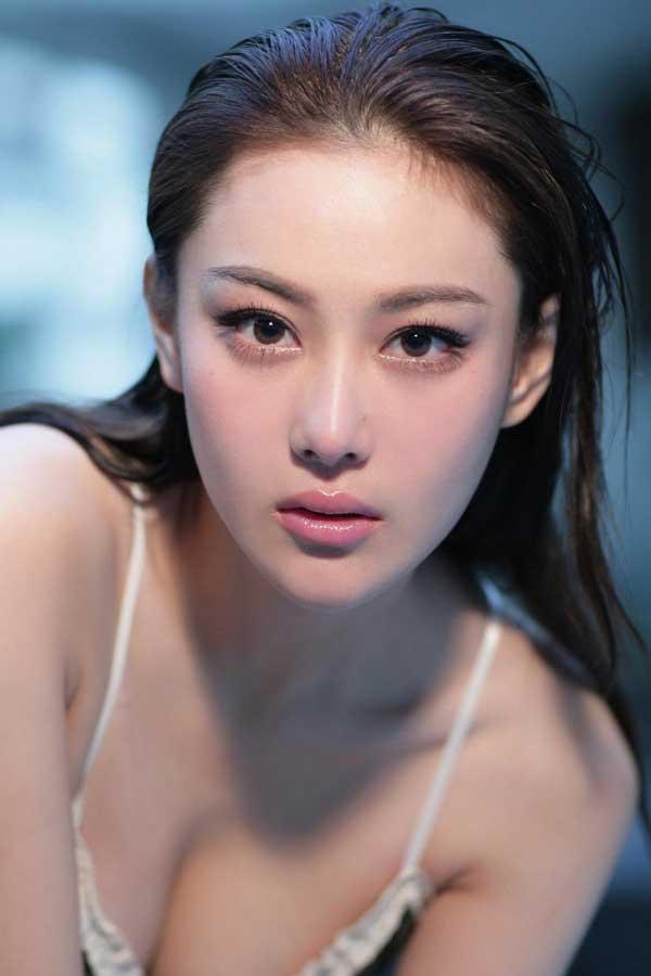 """Bí quyết làm đẹp của ác nữ """"Lý Mạc Sầu"""" đẹp nhất màn ảnh Trương Hinh Dư - 5"""