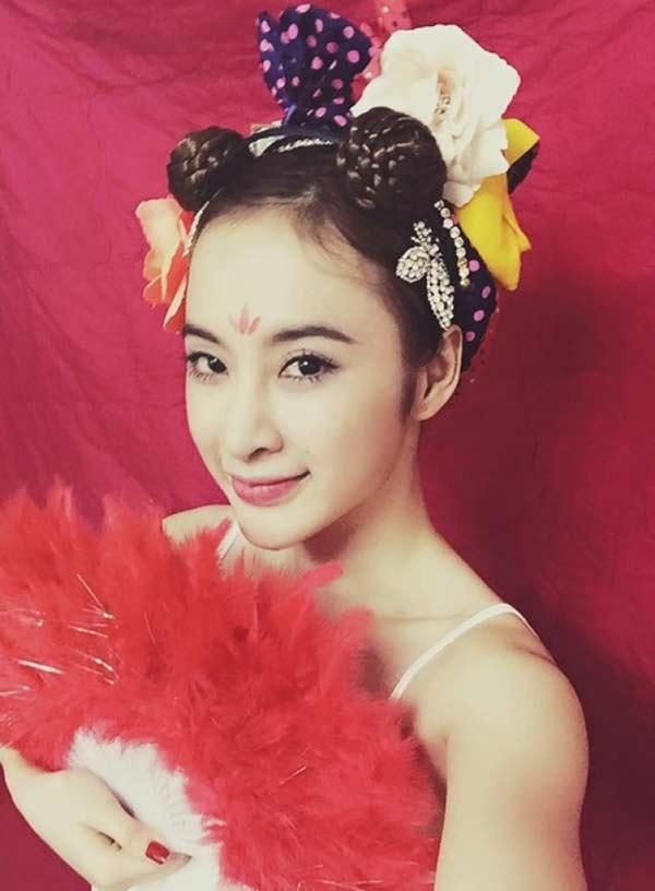 """Nhã Phương, Angela Phương Trinh, Minh Tú... mê mẩn kiểu tóc """"Na Tra"""" - 4"""