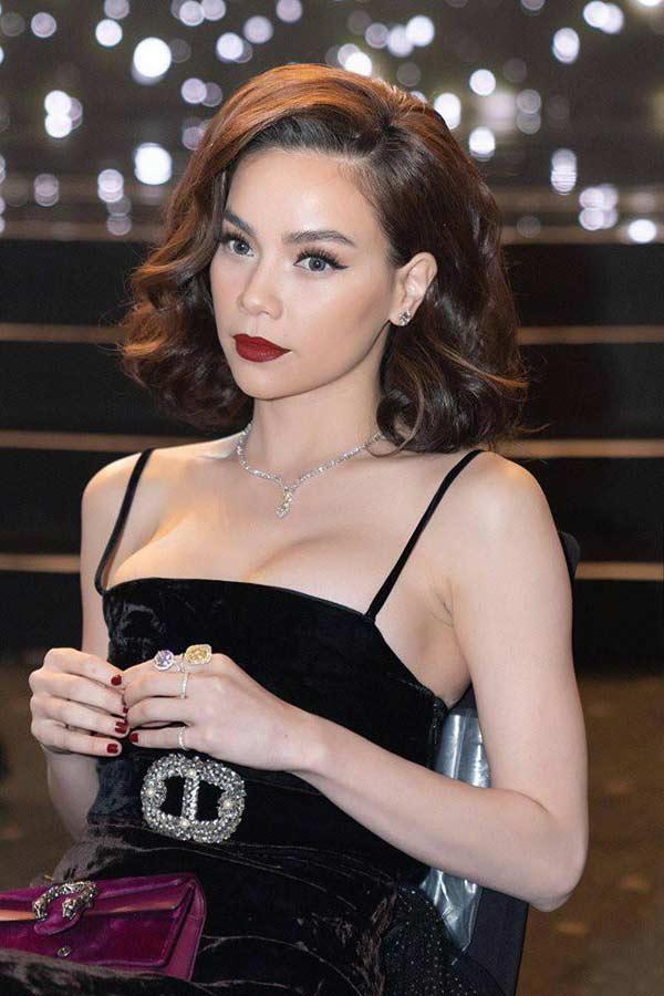 1001 lý do vòng 1 trồi sụt, lên xuống thất thường của các người đẹp Việt - 10